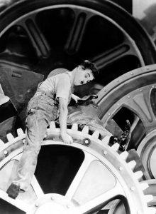 Charlie Chaplin (1889-1977) in «Tempi moderni» | Scena dal film (1936)