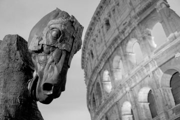 Roma, mounenti in caduta libera | © Vek Labs