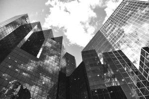 Le istituzioni finanziarie internazionali: Fondo monetario, Banca mondiale, WTO. Come funzionano e cosa fanno.