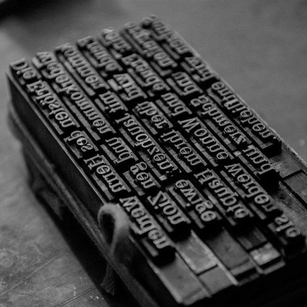 Linguaggio giuridico e traduzione sono legati da una relazione atipica