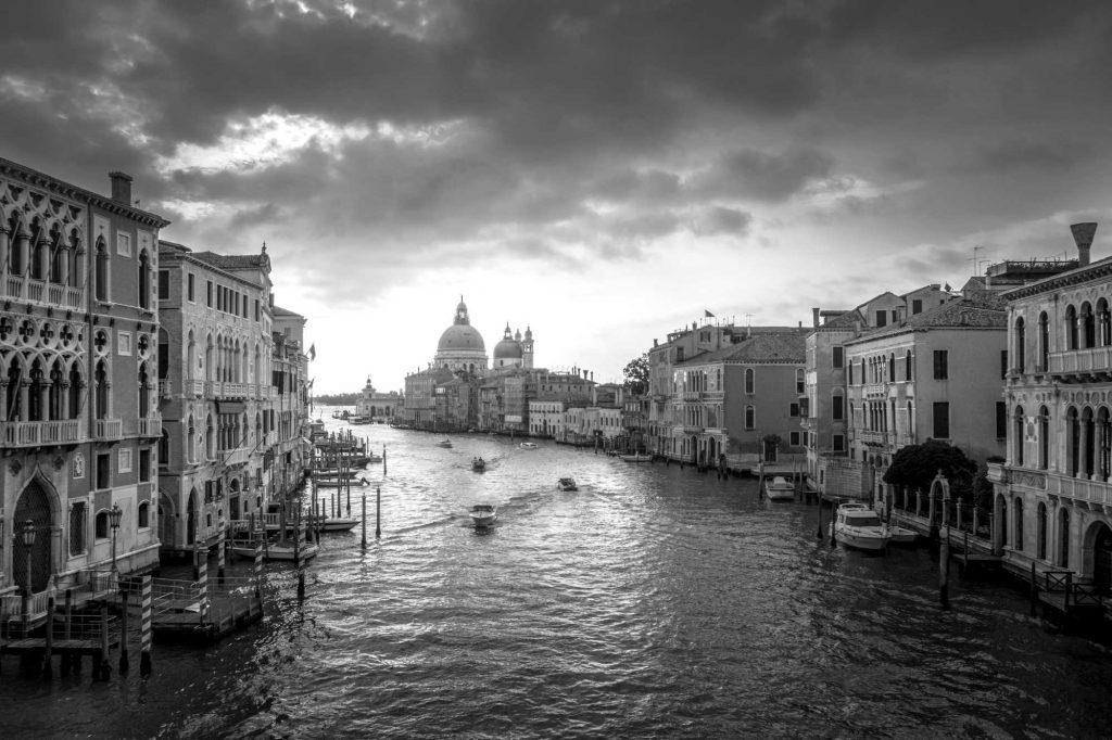 Italien und Corona-Krise: die Erblast der Neunziger