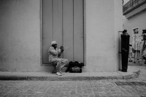 Cuba proteste: embargo e falsificazioni dei media