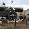Mosca, Cremlino: il cannone «zar-puška» e sullo sfondo il Palazzo del Senato, oggi sede della Presidenza